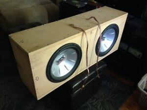 MTX 12 Inch subwoofers with box Kingston Kingston Area image 1