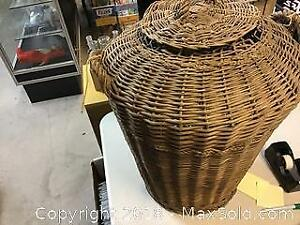 Large Old Wicker Basket With Lid