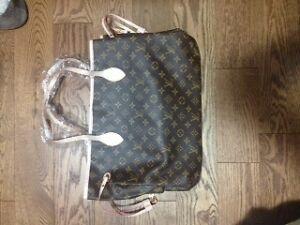 Loui Vuitton Large Purse