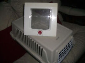 CAT travel cage + CAT BED + FrEE CAT FLAP - CLACTON ON SEA - CO15 6AJ Clacton-on-Sea