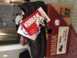 Work Boots - Women's Steel Toe Work Shoe - New in Box