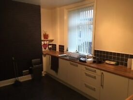 ****5 BED ROOM HOUSE SHARE*****