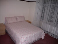 Double Room in a Shared House in Fulwood - 3 minute walk from the Hospital