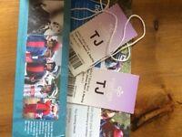 2 Tom Jones tickets at Cartmel Racecourse