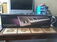 Avid key studio 49-note USB keyboard