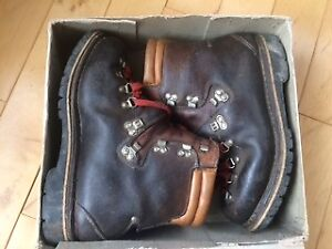 Mountaineering boots , Meindl