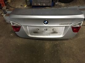 bmw e90 3 series saloon pre face lift boot lid complete silver call parts thanks