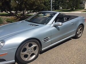 Beautiful Mercedes 2 door Roadster (2004 SL500)