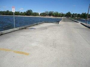 New Price!! Excellent Boat House Available in North Bay