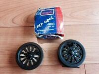 Intrepid 90mm diameter FR35 graphite composite fly reel & 2 spools