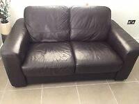 Settee in brown leather excellent condition