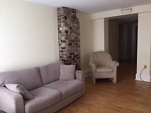 FURNISHED ROOM PRIVATE ENTRY 4 BEDRM/2 BATH FLAT, HFX SOUTH