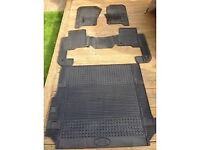 Landrover Discovery rubber mats for 3 / 4 models
