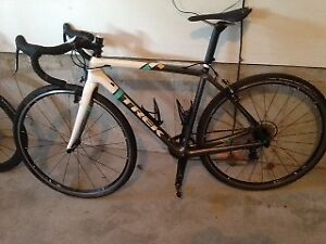 New - Bontrager Race Lite Tubeless Ready Wheels - $600.00