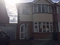 3 Bedroom House to rent in Isleworth