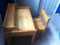 Kids pine wood table and chair