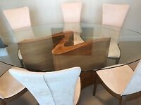 IMMACULATE Tom Schneider Dining table & chairs