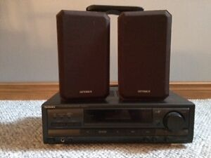 Stereo Receiver and 2 Speakers London Ontario image 1