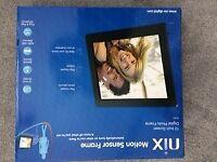 Brand New 12'' Nix Digital Motion Sensor Photo Frame