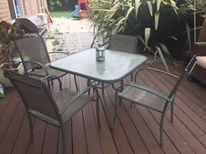 Outdoor dining furniture gumtree australia free local for Outdoor furniture geelong