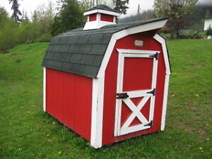Large Barn-Style Dog Kennel