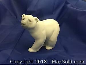 Lladro Polar Bear