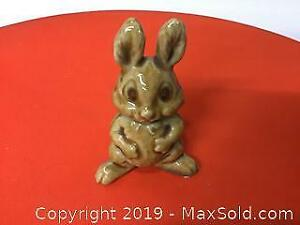 Early Wade bunny rabbit, large, rare