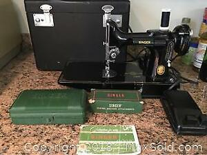 Antique Mini Singer Sewing Machine