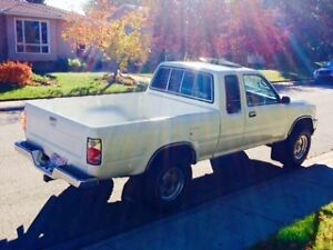 Toyota Pickup Truck 1992 4X4 - Great condition