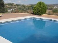 Stunning Apartment Estepona Spain *Sleeps 6*Rooftop Terrace*2 Jacuzzi*2 BBQ*Pool Table*Swimming pool
