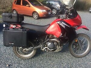 Clean KLR 650 with Luggage