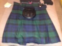 NEW Gents Kilt, Shirt, Socks and Sporran