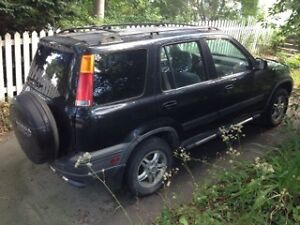 Well-maintained 1998 Honda CRV for TLC & repair, or parts