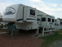 Mountaineer 5th ( fifth ) wheel and attached gazebo
