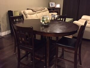 Beautiful PUB TABLE with Leaf and 4 Chairs