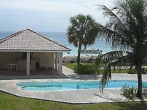 FREEPORT BAHAMAS,  BEAUTIFUL OCEAN/BEACH FRONT  TOWNHOME