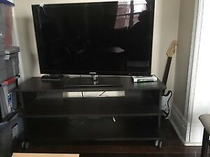 FOR SALE: TV Stand and Matching Coffee Table