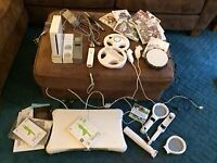 Wii Bundle-console, games, 1 remote contol, 2 nunchuck, Skylanders portal Wii fit step, sports bats