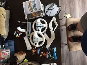 Wii - controllers and various games