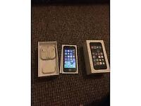 iPhone 5s grey unlocked 32gb great condition boxed with all accessories selling as its free upgrade