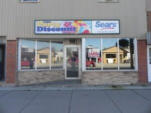 FOR LEASE $550.00 PER MONTH      1500 SQ FT    C-1 ZONING