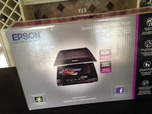 Epson Perfection V550 Photo/Colour Scanner