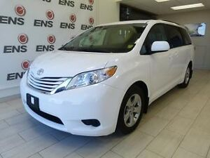 2016 Toyota Sienna LE 8 Passenger with Leather