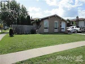 BEAUTIFUL 3 BEDROOM HOME NEAR NORTH END ST CATHARINES