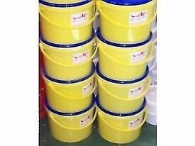 Mixed fishing feed pellets 8kg bucket.