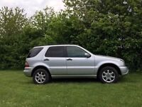 Mercedes Ml 350 with LPG, 7 seater. LOW PRICE due to parking dent