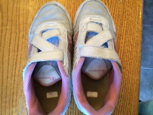 Girl's Champion Running Shoes -Size 13