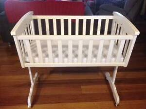 Ascot white timber cradle & mattress Jilliby Wyong Area Preview