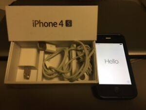 16GB iPhone 4S  Rogers - Two in mint condition $110ea London Ontario image 1