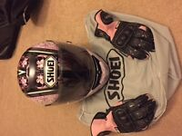 Shoei Raid 2 Helmet in Pink and Black with Spada pink and black gloves
